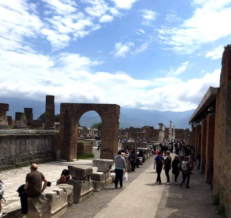 Pompeii day trips