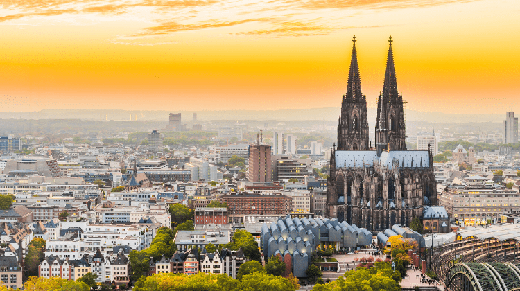 Koln at sunset, a perfect stop over on a roadtrip Germany
